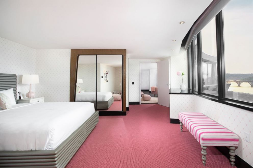 PHOTO: The Rose Suite at The Watergate Hotel.