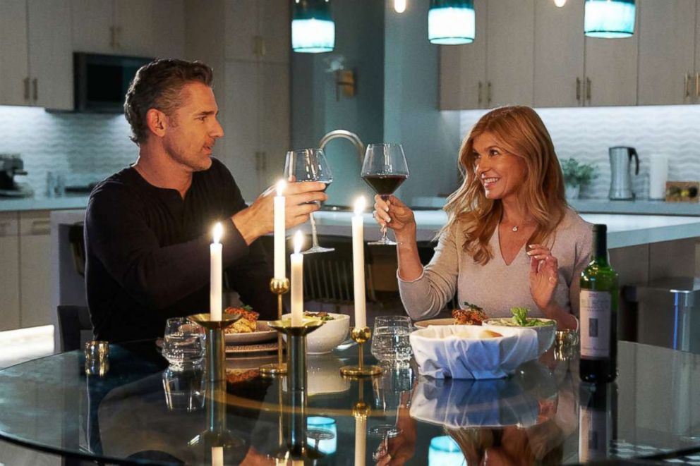 PHOTO: Eric Bana as John Meehan and Connie Britton as Debra Newell star in the Bravo series, Dirty John.